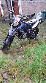 Yamaha Wr 125 x Supermoto *With Free Helmet and Camera*