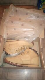 Timberland boots size 9 in adult size