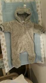 Pramsuit/snowsuit