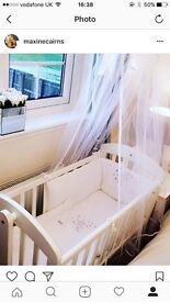 Mama and papas unisex crib with mattress / bedding and drapes
