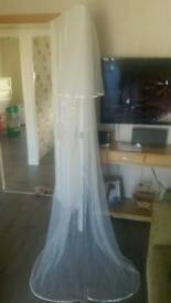 Brides 2 tier full length ivory veil