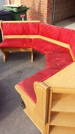 Eckback kitchen corner seating plus table