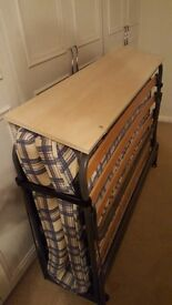 Fold up 3/4 bed hardly used clean and tidy