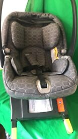 Mamas & Papas Car Seat Good Condition inc ISO base system