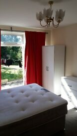 1 COOL DOUBLE ROOM WITH EXIT TO GARDEN (SUITABLE FOR PET OWNER) WEMBLEY - HA9 8SA