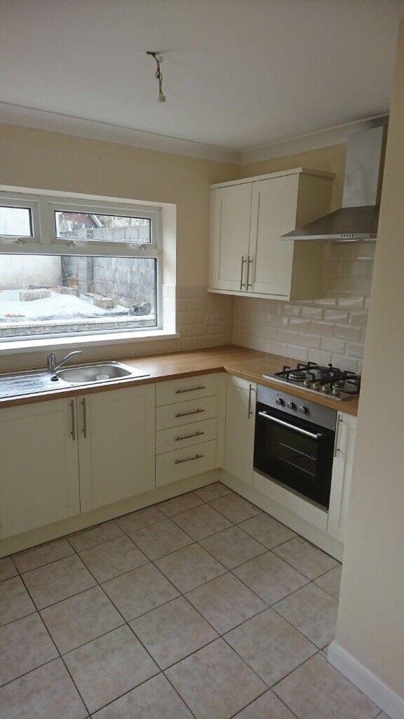 3 Bedroom Property For Sale - Brynteg Clydach