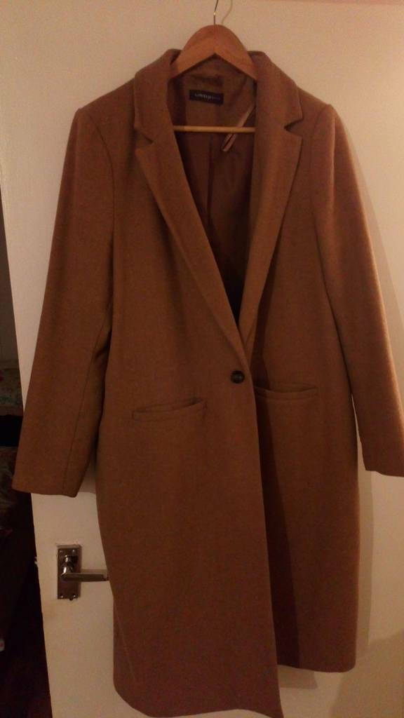 CAN DELIVER-Size 18 tweed/wool jacket MUST GO BEFORE FRIDAY