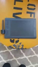 Wacom Intuos Pro Medium Pen Tablet