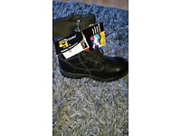 Brand new Mens Grafters Safety boot size 11 still in box never been worn