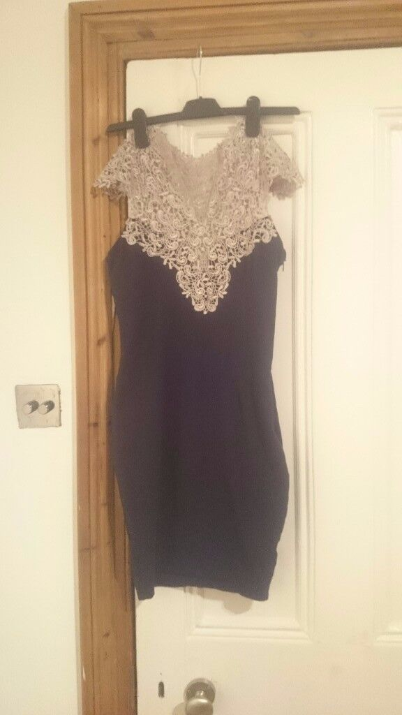 AX PARIS SIZE 10 NAVY BLUE AND GOLD BODY CON DRESS