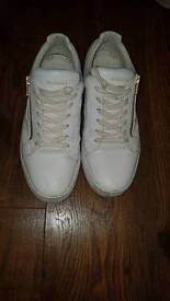 mens size 8 glorious gangster trainers shoes