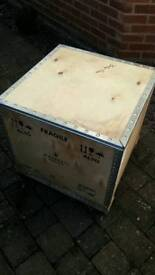 Strong plywood packing crates