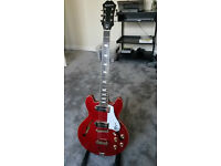 Epiphone Casino Coupe Cherry Red.