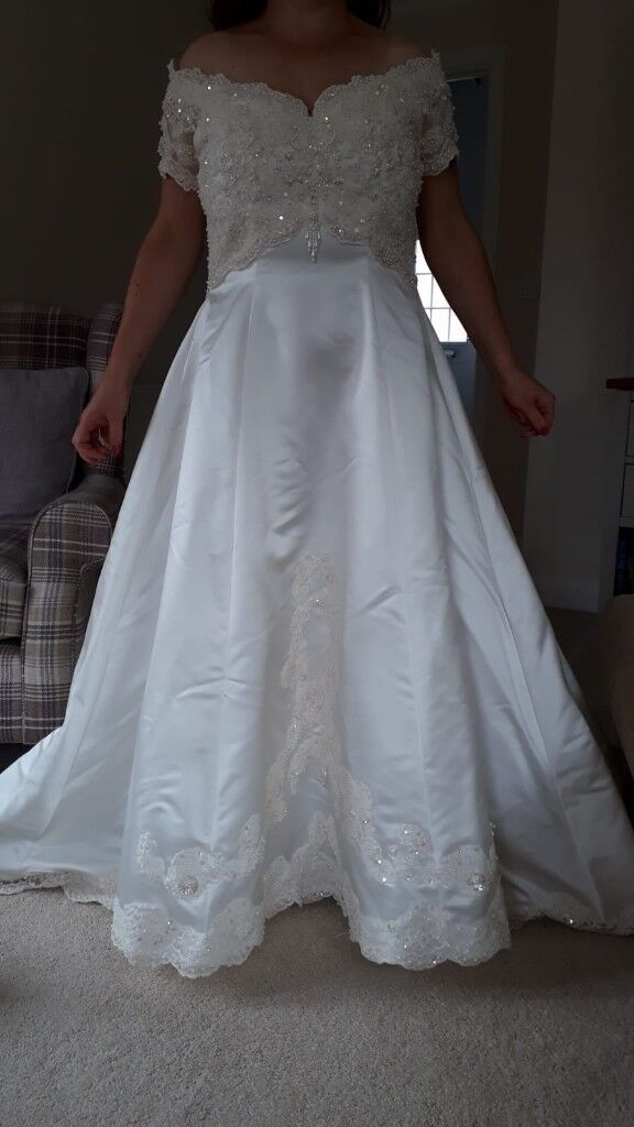Size 14 Mori Lee Wedding Dress In Duchess Satin Fabric