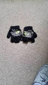 boys Spider-Man gloves