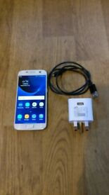 Samsung Galaxy S7 32GB White on Vodafone