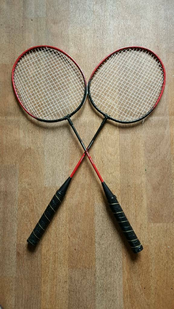 Job lot of badminton rackets in good condition