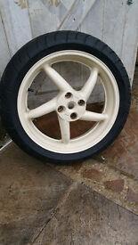 VFR 750 5-Spoke Rear Wheel **LIKE NEW TYRE** / Single Sided / Streetfighter / Project / Michelin