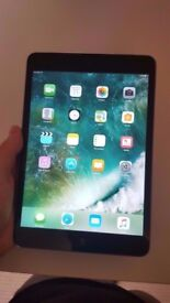 iPAd Mini 2 16GB Grey with cable and cover