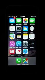 IPHONE 5C WHITE UNLOCKED Use On All Network in UK & ABROAD.