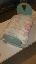 TOY Rocking Crib with mattarass and bedding