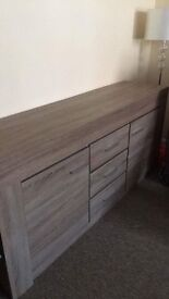 Chest/drawers/storage/living room bedroom