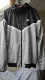 Nike Sportswear Hooded Jacket Size L