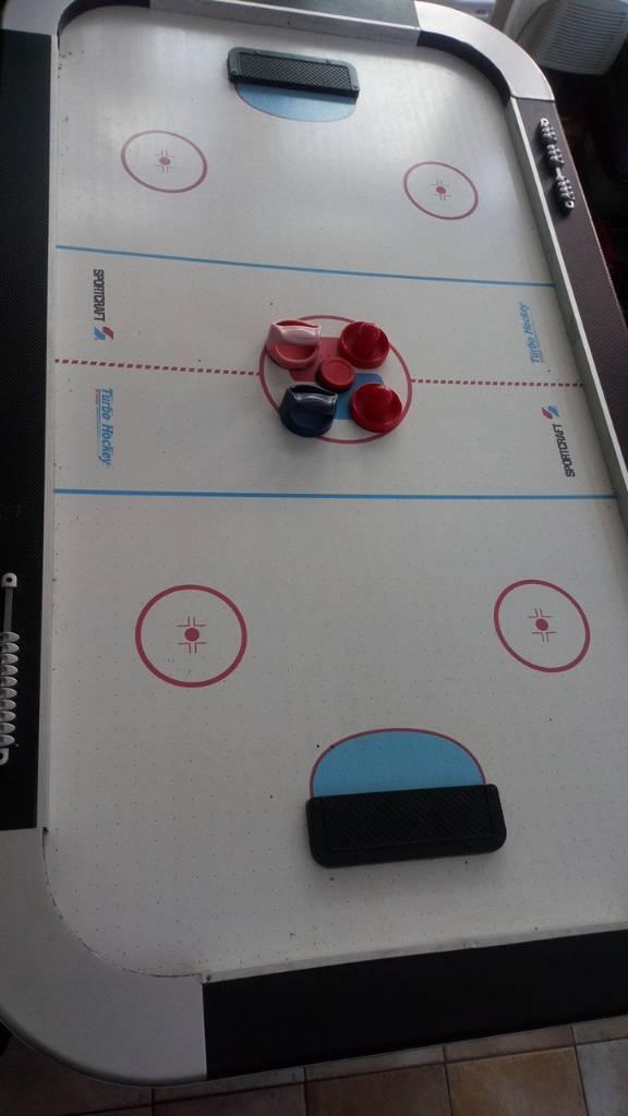 7ft x 4ft air hockey table