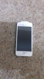 Apple iphone 5s. White. 16GB Brand new. Boxed. Complete with USB charger & ear phones