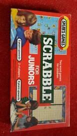 Vintage junior scarbble 1983