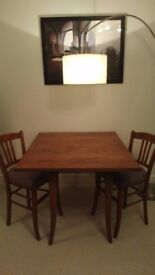 Vintage Games table 20's + two chairs