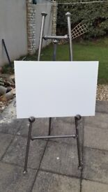 Vintage style easel perfect for weddings/christenings and other special occasions