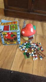 Vintage smurfs house and smurfs (boxed) £85