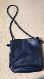 Osprey cross body bag