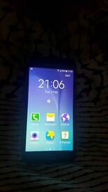 Samsung J5 on Vodafone excellent condition