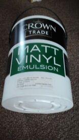 Crown paint 5 litre size
