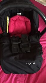 Oyster carrycot& carseat