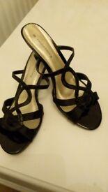 Ladies black patent/satin sandals