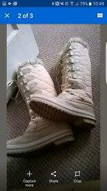 Brand New sizrme 5 Snow Boots for sale £20..00