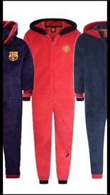 Manchester united onsie xl official united clothing