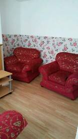3bedroom house available now
