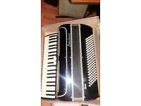 accordion 120 bass paolo soprani BASS**120 ponds only today ***GOOD CONDITION , GOOD PLAY*****