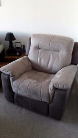 Arm chair electric recliner
