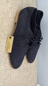 Brand new zara shoes size 5