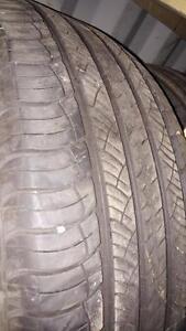 4 pneus d'été 235/60/18 Michelin Latitude, 50% d'usure, 5-6/32 de mesure