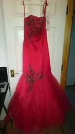 Formal dress, size 10, brand new, never worn