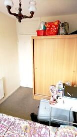 SMALL DOUBLE ROOm in WHITECHAPEL, ALDGATE, BRICK LANE, Wapping, TOWER HILL