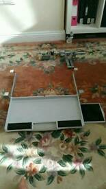 Screen mount arm and keyboard holder