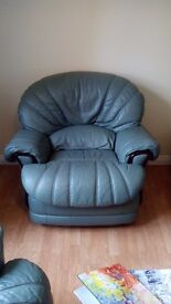 Recliner sofa in leather