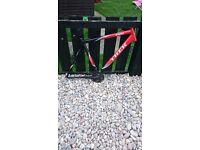 Trek bike frame with sr suntour crank set ,bottom bracket